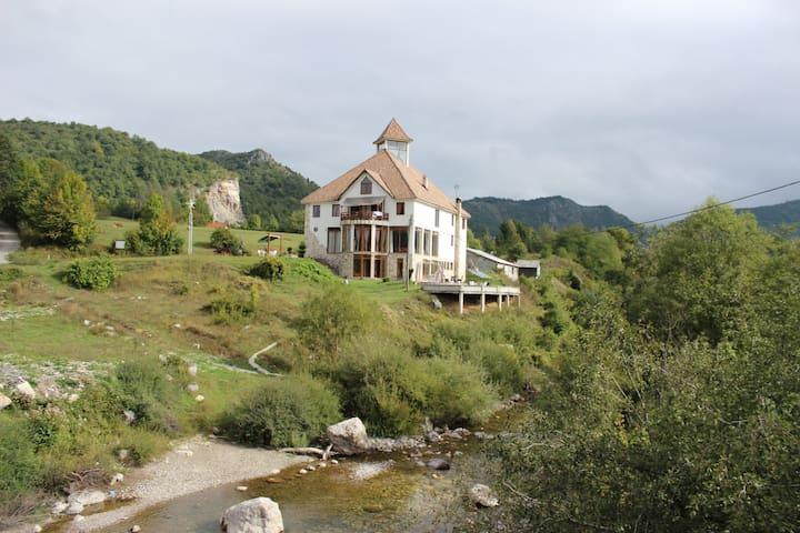Djevojacki Most - Kolasin - Villa