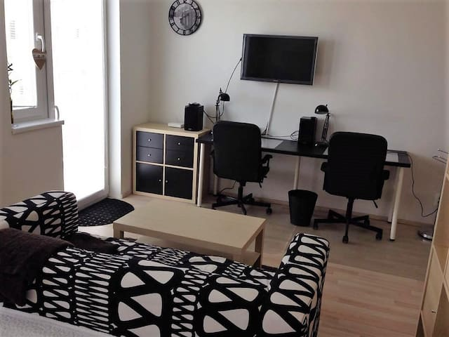 Lovely flat in Prague - 5 minutes to Metro - Prague - Apartmen