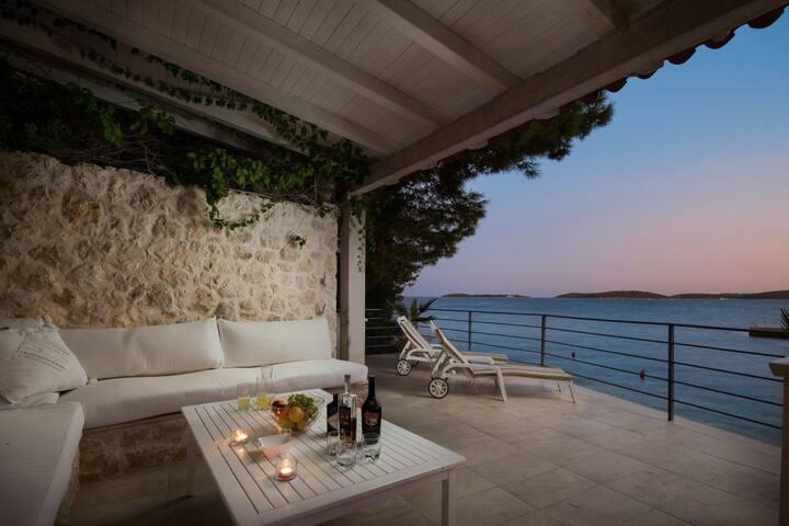 Lavish Seafront Villa with Private Beach in Hvar