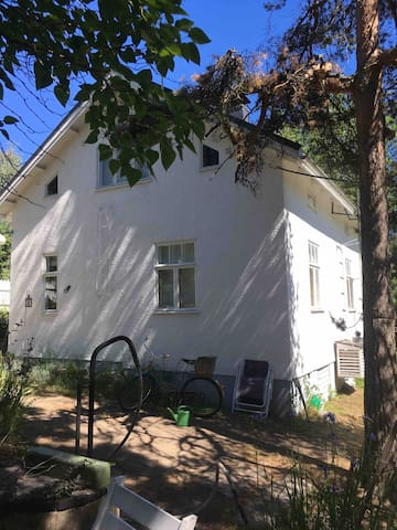 One room in a old charming Casa 5 min from Lahti