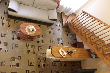 Двухуровневый аппартамент с сауной - Sankt-Peterburg