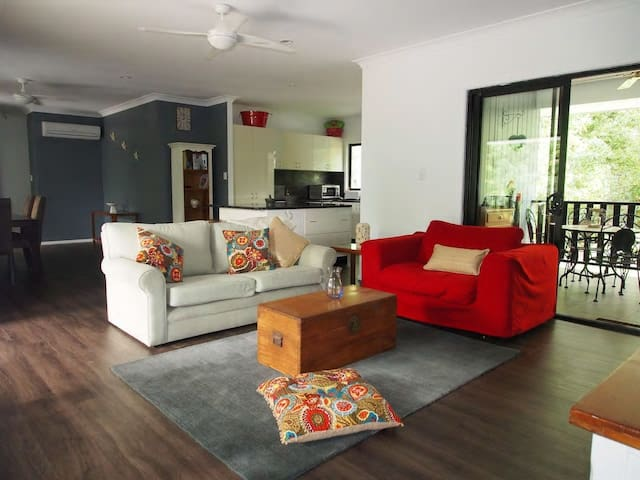 Hartleys Creek Retreat (wangetti) Apartment 2