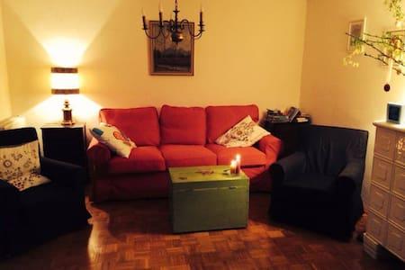 Kleines Häuschen für 6 Personen - Villach - บ้าน