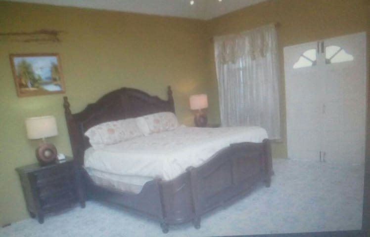 Orchard View Guest House Rm. # 4 - Hopewell