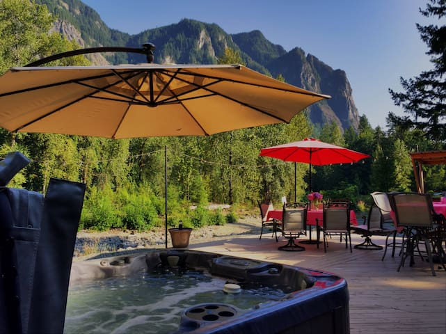 River front hot tub relaxation with a Mt Si view