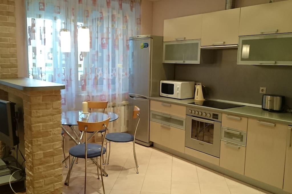 Кухня (вид 3)
