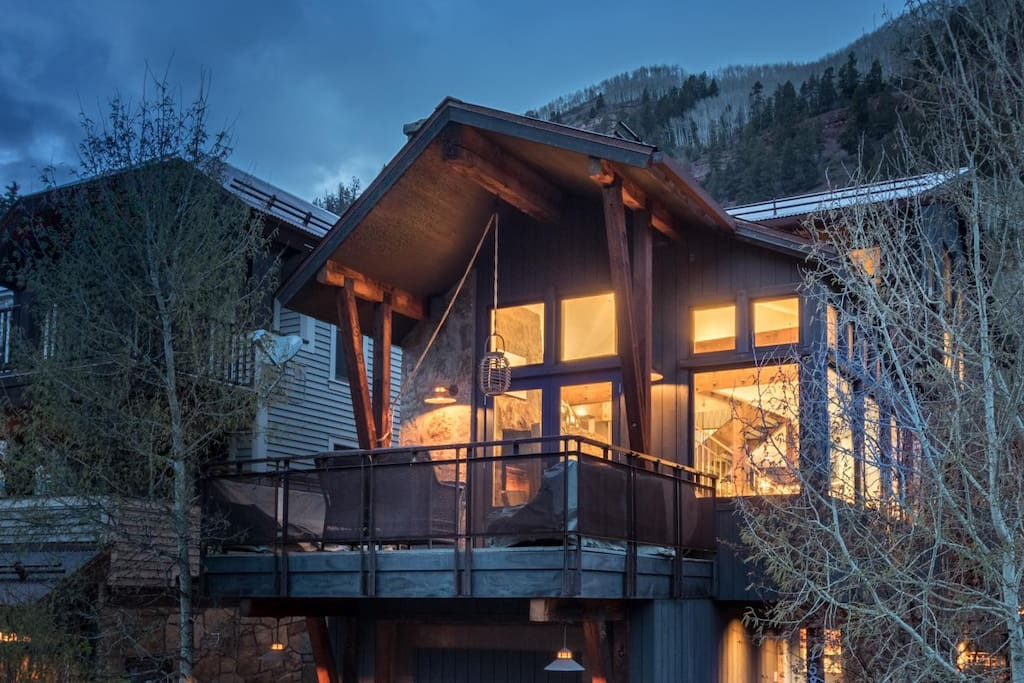 Telluride-East End Escape-Exterior View