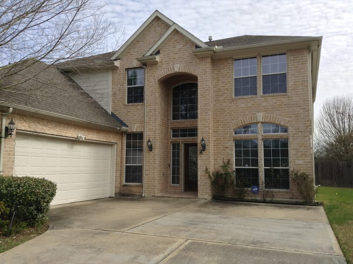 Affordable place for Super Bowl in Houston!