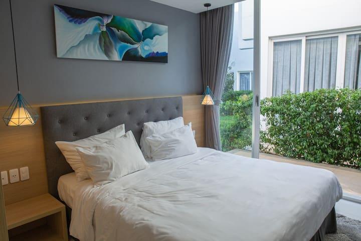 [Oceanami] 1-Master BR + Airy Space + Luxury Villa