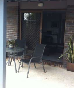 Self contained garden apartment. - Buderim - Bed & Breakfast