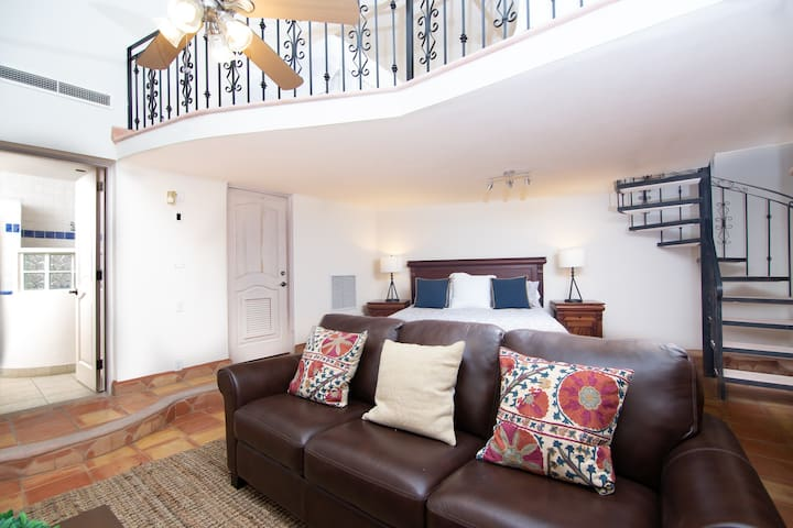 Very nice and spacious private en-suite bedroom on the end of the villa with it's own private entry if you wish.  There is also a convenient entry within the villa.