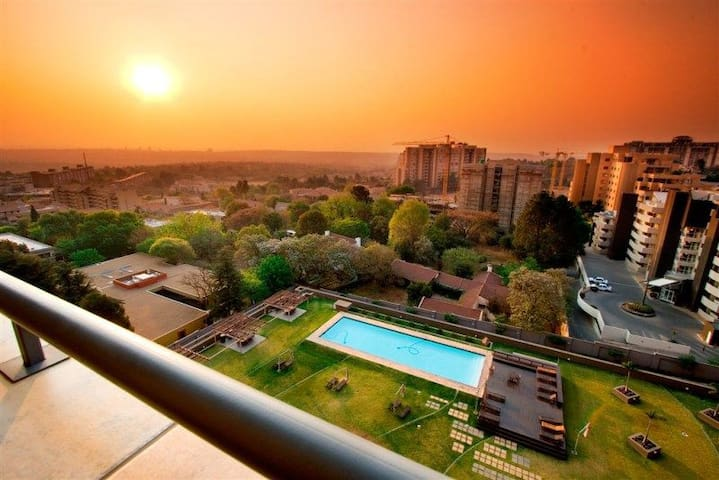 Executive apartment in the heart of Sandton