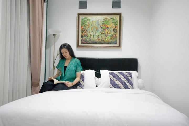 Komfortables Ferienzimmer im Keraton Bereich