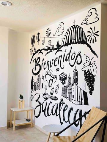 Mural con lugares emblemáticos de Zacatecas que tienes que visitar, pintado por artista zacatecano