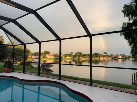 Private King Suite with a heated pool on the lake