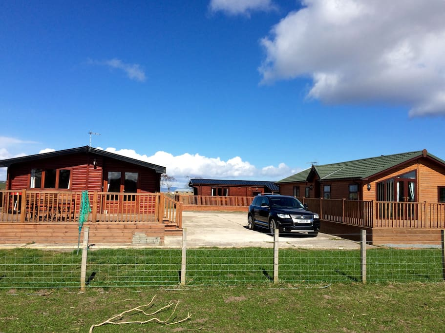 2, 3 and 4 bedroom lodges available