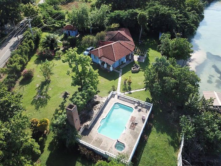 Bel Cove Villa