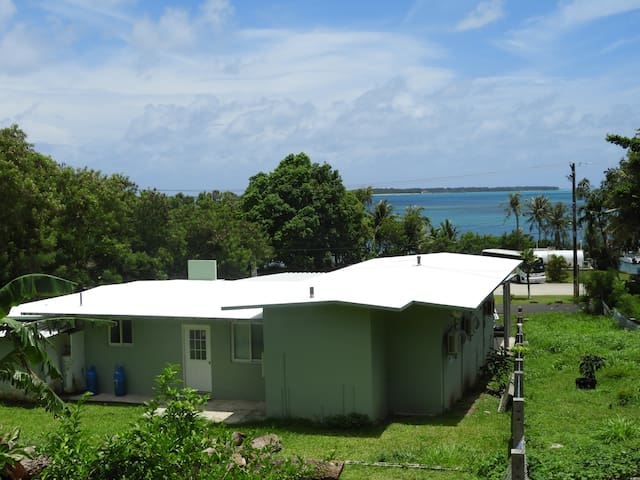 Tastefully decorated Guest Home with Ocean Views & great hiking hills  behind the house.
