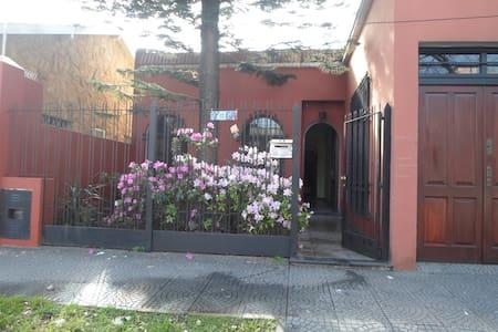 habitación en casa de familia - Villa Martelli