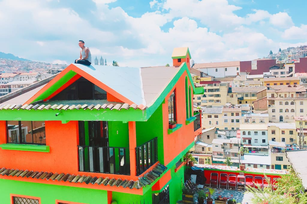 If you dare climb to the roof and take panoramic view of the historic center. From here you can see teleférico, Panecillo, basílica and most of the churches