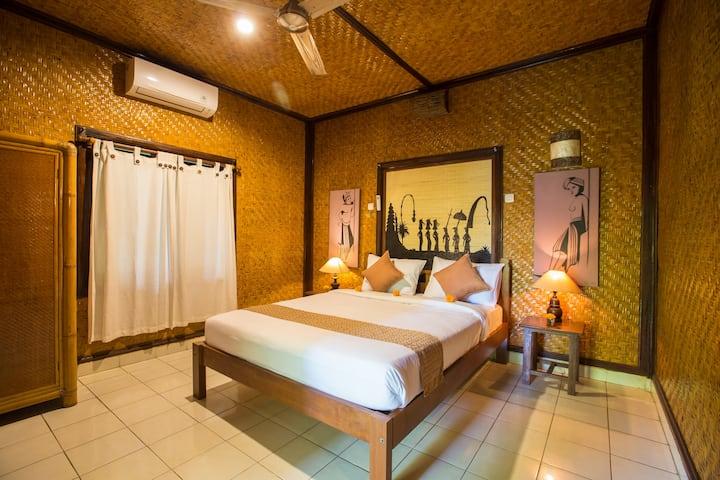 Ubud Balinese style room