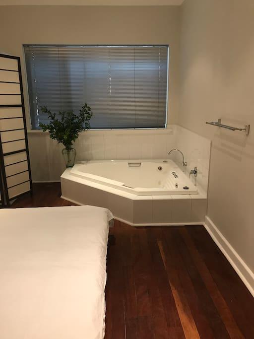 Spa Bath!