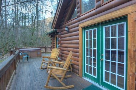 Collett Creek Cabin #4