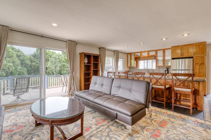 Large house w/ washer/dryer, grill, large deck, WiFi, and garage.