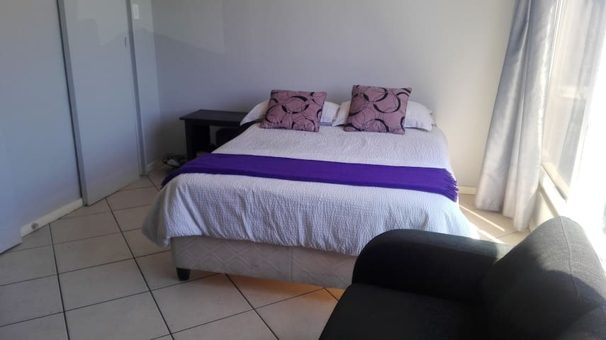 Cosy studio apartment close to the V&A Waterfront