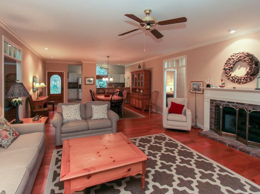 Living Room, Dining Area and Kitchen at 4 East Garrison Place