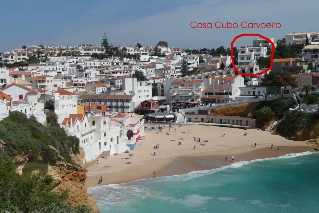Casa Cubo über dem Strand Praia do Carvoeiro