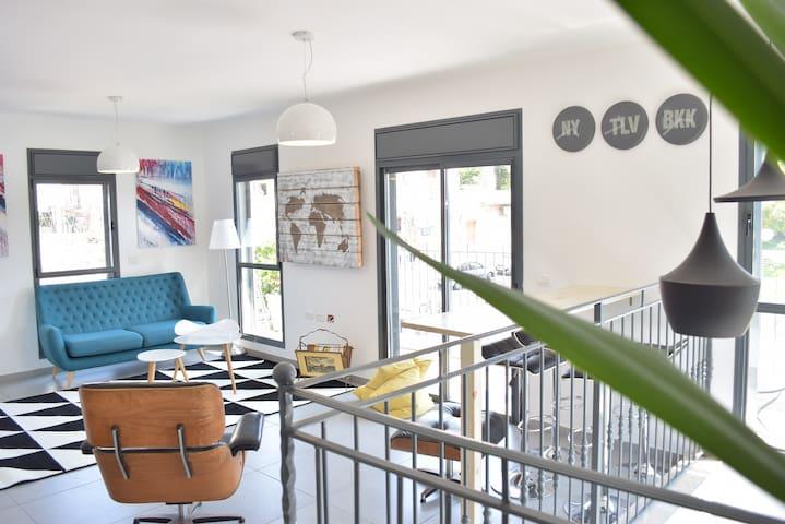Jaffa Designed Duplex Room 2