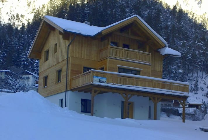 Neues Appartement (West) in Schnann, Arlberg - Schnann
