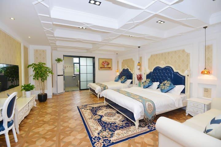 「雅居民宿」圣彼得堡特色双床房--迪士尼、浦东机场免费接送
