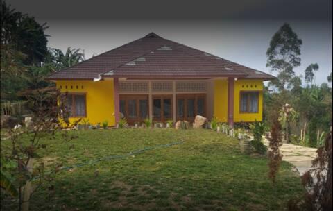 Panundaan Valley Ciwidey