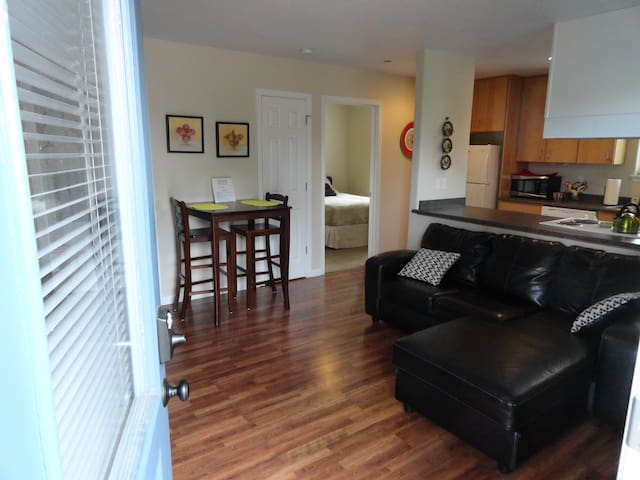 Stratford,  Unit B - McMinnville - Apartment