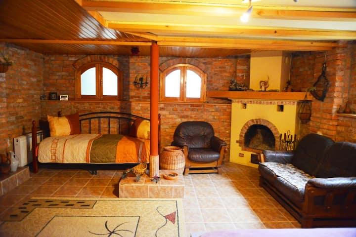 Hostel KOLGA: Room #4 -Triple room (private bath.)