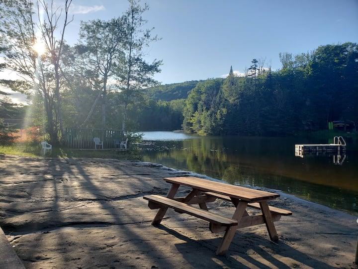 Spa, détente et ses accès au lac en forêt 🌲