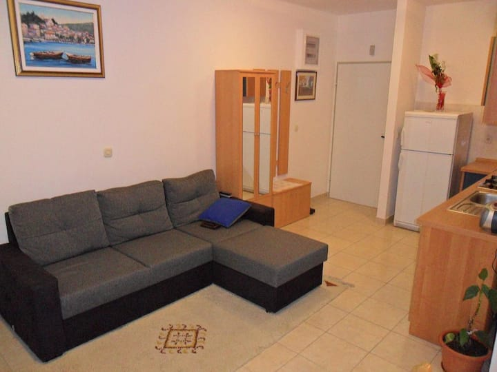 One bedroom apartment with balcony Rogoznica (A-13684-a)