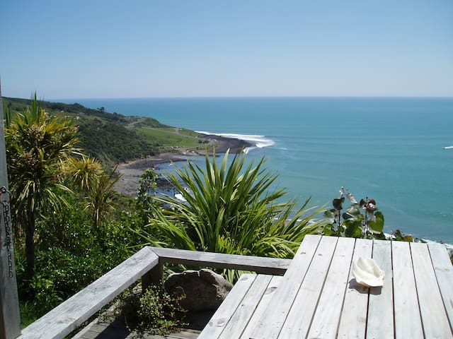 MANU BAY VILLA - FULL OF SUN & SURF - Raglan - Apartment