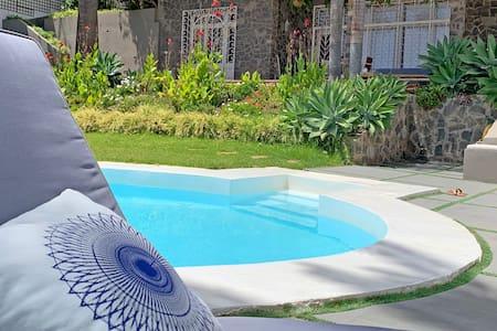 Apartamento independiente ¡Disfruta de la piscina!