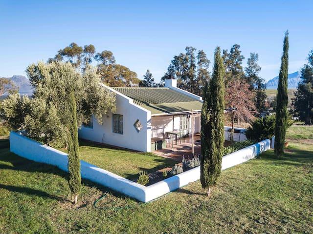La Bruyere Farm Cottage