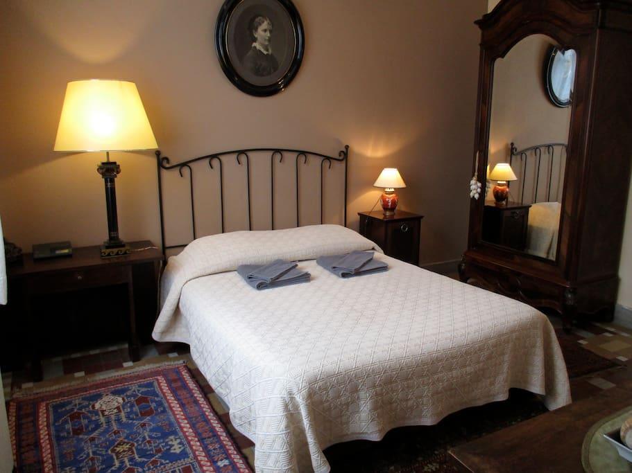 la chaufferette guest houses louer tretat normandie france. Black Bedroom Furniture Sets. Home Design Ideas