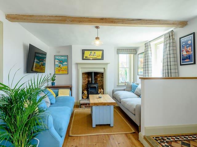 Ivy Cottage (UK12012)