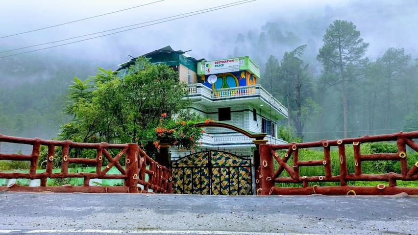 Destination Of Peace, Kasol (Bunk Beds)