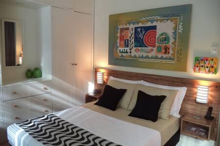 Lindo apartamento -tv a cabo-WiFi - Ipanema (BM1)