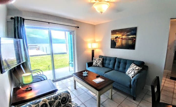 Your Relaxing Riverfront Apt by the Ocean- 1st Flr