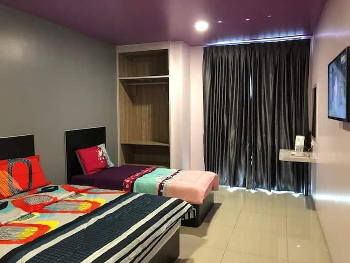 Benut Homestay (Sri Tanjung) Family room