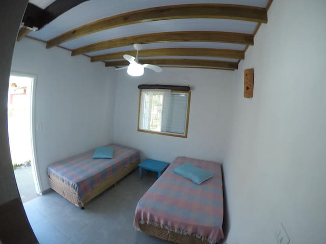 Suite 2 em Recanto Chaparral - Guaraú