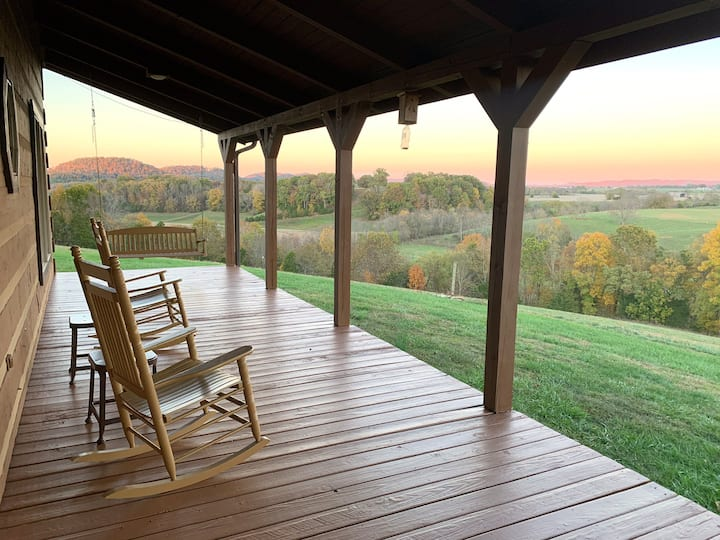 Views!  Views! Views! Arbuckle Creek Retreat